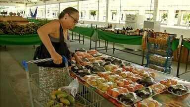 Conheça a feira de Fortaleza que tem preços mais baixos e produtos saudáveis - Feira ocorre nos fins de semana.