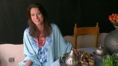 Estilista brasileira vive num palácio do século XVIII em Marrakech - Ela mora num riad, que são pequenos palácios construídos no centro histórico de Marrakech. O riad era a residência das famílias ricas do Marrocos.