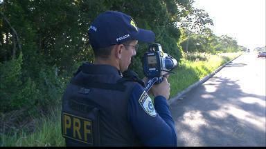 JPB2/JP: Excesso de imprudência nas estradas da Paraíba - Polícia Rodoviária Federal flagra, este ano, 16 mil motoristas dirigindo em alta velocidade na Paraíba.