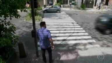 Pedestre - Atravesse com segurança