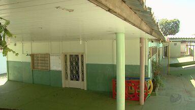 Creche segue fechada por risco de transmissão do vírus H1N1 em Ribeirão Preto - Professores informaram que duas crianças estão internadas com suspeita da gripe. Eles cobram a vacina.