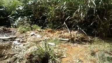 Moradores reclamam de insegurança na Região Metropolitana de Goiânia - Um dos fatores apontados é o abandono nos bairros. No setor Oriente Ville, uma menina foi atacada e levada para o meio do mato alto.