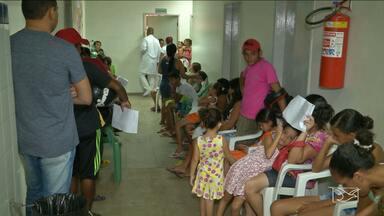 Hospitais de Caxias estão cheios de pacientes com suspeitas de febre Chikungunya - Há o risco de faltar medicamentos nas unidades.
