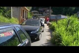 Acidente causa retenção em acesso ao bairro Alto da Independência em Petrópolis - Não houve feridos.