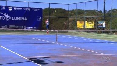 Goiânia recebe finais da 3ª Etapa do Circuito Lúmina de Tênis - Foram mais de 160 jogos nas quadras da AABB. Foram cinco categorias e 146 atletas.