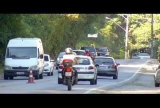 Rodovias na Região Serrana do RJ esperam mais de 480 mil veículos no feriado de Tiradentes - Concer, que administra trecho de BR-040, espera que 257 mil veículos passem pela via.