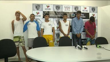 Grupo de homens é preso acusado de cometer vários crimes em Juazeirinho - Os homens são responsáveis por praticar assaltos, homicídios e tentativas de homicídios na cidade.