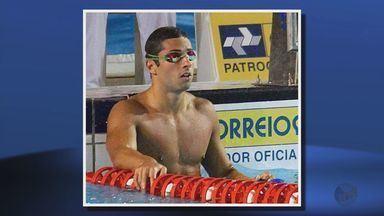 Ítalo Manzine, de Paraguaçu, desbanca César Cielo e fica com vaga olímpica - Ítalo Manzine, de Paraguaçu, desbanca César Cielo e fica com vaga olímpica