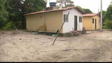 Grávida é baleada no bairro de Paratibe, em João Pessoa - Ela estava com um grupo de amigos, numa festa de aniversário, quando foram surpreendidos por dois homens que chegaram atirando.