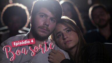 Eu só quero amar - Episódio 4 - Boa Sorte - Camila e Henrique buscam mais informações sobre casais sorodiscordantes.