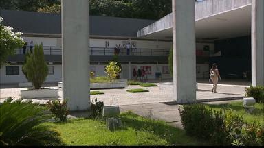 UFPB escolhe hoje novo reitor - Professores, servidores e estudantes estão votando para escolher quem vai administrar a Universidade Federal da Paraíba nos próximos quatro anos.