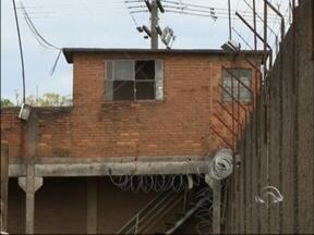 Tumulto no Presídio de Passo Fundo, RS, provoca transferência de detentos - Cerca de 50 agentes penitenciários foram acionados para conter a situação