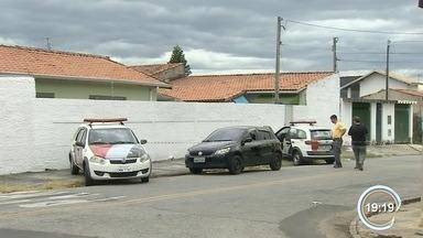 Polícia investiga morte em frente a padaria em Taubaté - Crime foi no Jardim Ana Rosa.