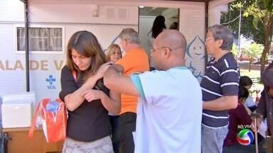 Dia D da campanha de vacinação contra a gripe em MS - Neste sábado (30) começou a campanha de vacinação contra a gripe no país. Em Campo Grande, são 83 pontos de vacinação.