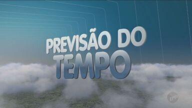 Previsão é de frio e chuva para este domingo (1º) em Campinas - Pode chover durante à tarde. Temperaturas em Campinas ficam entre 10°C e 24°C.