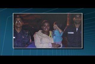 Bebê é reanimado em casa por PMs após família pedir socorro na rua em Itaperuna, no RJ - Criança foi levada a um hospital e segue internada.