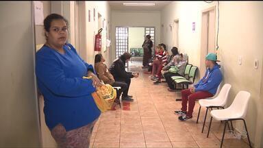 Pacientes esperam por vacinas em Sarandi - As doses acabaram na semana passada na cidade