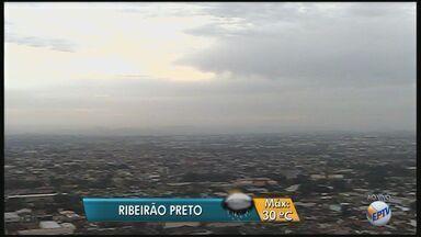 Confira a previsão do tempo para esta terça-feira (10) na região de Ribeirão Preto, SP - Meteorologistas preveem temperatura máxima de 30ºC e tem previsão de chuva.