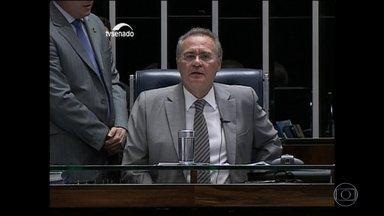 Renan confirma votação do relatório do impeachment para esta quarta (11) - Waldir Maranhão cancelou a sessão do impeachment na Câmara. No meio da noite, o presidente interino da Câmara voltou atrás e cancelou a própria decisão.