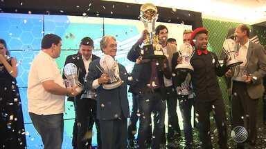 Festa premia os melhores do Campeonato Baiano 2016 - Conheça os eleitos para time do Baianão.