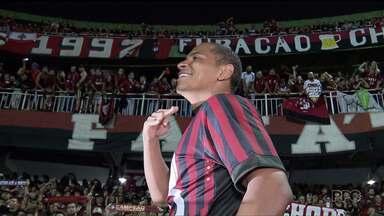 """Só podia ser Walter o último """"Cara do GE"""" no Paranaense - Autor do gol mais importante da temporada, atacante do Atlético-PR foi o destaque na finalíssima, ajudando o Furacão a conquistar o primeiro título desde 2009"""