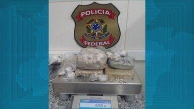 Quatro pessoas são presas pela PF com 4 quilos de drogas em Macapá - Quatro pessoas são presas pela PF com 4 quilos de drogas em Macapá