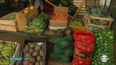 Algumas frutas, verduras e legumes estão mais baratos para os consumidores - O repolho foi o produto que teve a maior queda, 31%.