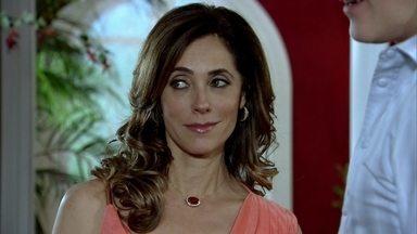 Fina Estampa - Capítulo de quarta-feira, dia 31/08/2011, na íntegra - Tereza Cristina flagra Griselda com René no restaurante