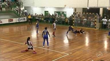 Times da região de Sorocaba e Jundiaí fazem grande final da Copa TV TEM de Futsal - No feminino tem Itu e Jundiaí em quadra. No masculino, a disputa vai ser entre Jundiaí e Mairinque. Os jogos serão nesta quinta-feira (12), em Mairinque.