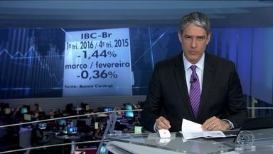 Economia encolhe 1,4% no primeiro trimestre - Só no mês de março, a queda foi 0,36%.