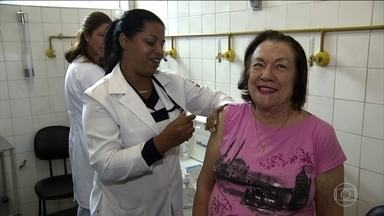 Campanha nacional de vacinação contra gripe termina nesta sexta (20) - Quase 10 milhões de pessoas do grupo definido como prioritário pelo Ministério da Saúde ainda não foram imunizadas. Em vários estados está faltando vacina nos postos do SUS.