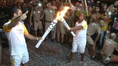 Tocha olímpica segue para o sudoeste baiano nesta sexta (20) - Veja como foi a festa para receber o símbolo das Olimpíadas no extremo sul do estado.