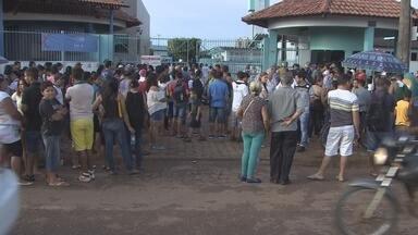 Populaçao de Porto Velho fez filas para participar da Ação Global. - Muita gente chegou de madrugada para participar da Ação Global deste sábado (21) que aconteceu no Sesi da Rio de Janeiro.
