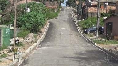 Após denúncia, Prefeitura asfalta buracos no Bairro Terra Nova, em Manaus - Moradores denunciaram problemas no local.