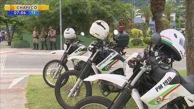 PM de SC cria grupo para identificar policiais com trabalhos extras - PM de SC cria grupo para identificar policiais com trabalhos extras