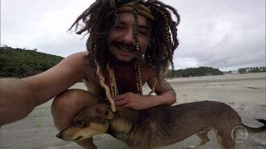 Musta faz um novo amigo na praia - Ele acaba tendo problemas com a nova amizade