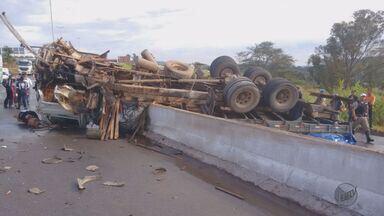 Caminhões tombam em rodovias do Sul de Minas e causam transtornos no trânsito - Caminhões tombam em rodovias do Sul de Minas e causam transtornos no trânsito