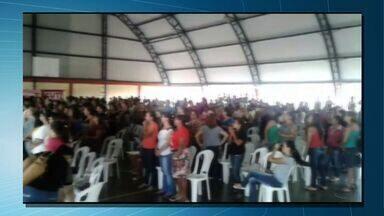 Servidores da educação de Várzea Grande decidem entrar em greve - Servidores da educação de Várzea Grande decidem entrar em greve