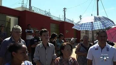 Moradores do Residencial Paulo Estrela reclamam de insegurança, em Goiânia - Algumas pessoas são assaltadas inclusive dentro das próprias residências.