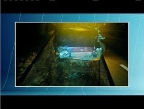 Acidente na BR - 381 deixa uma pessoa morta e três feridas - Colisão entre carros aconteceu em Santana do Paraíso.