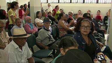 Medicamentos que estavam faltando chegam ao Centro de Oncologia, em Caruaru - Alguns pacientes haviam parado o tratamento devido à falta de medicação.