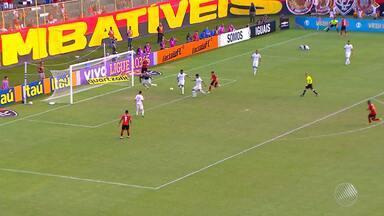 Em jogo difícil, Vitória vence o Internacional por 1 a 0 no Barradão - Time tem 100% de aproveitamento em casa.