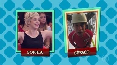 Sophia Abrahão segue mostrando ser ciumenta - Em outra pergunta, o que ela faria se uma ex-namorada interagisse muito com o Sérgio na internet, ela disse que mandaria o ator bloquear a menina!