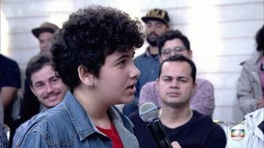 Colégio no Rio de Janeiro adotou nome social de alunos transexuais - Decreto autoriza que transexuais e travestis usem nome social no serviço público