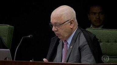 Teori Zavascki manda investigações contra Lula para Moro e anula conversas gravadas - O ministro do Supremo tomou duas decisões relevantes para a presidente afastada Dilma Rousseff e para o ex-presidente Lula.