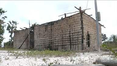 Comunidade rural em Codó perde residências após onda de incêndios - Comunidade rural em Codó perde residências após onda de incêndios.