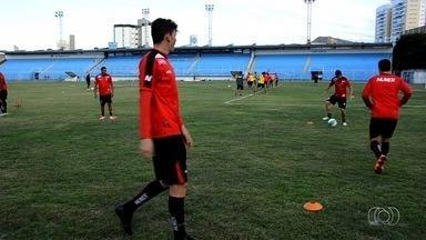 Atlético-GO visita o Joinville e tenta vencer mais uma - Na vice-liderança da Série B, Dragão tenta ultrapassar o Vasco.