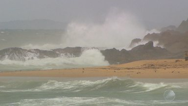 Salvador deve ter tempo fechado até a próxima sexta-feira (17) - Também há previsão de chuva para o litoral norte e o extremo sul da Bahia. Veja mais informações na Previsão do Tempo.