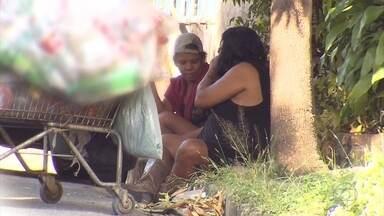 Famílias de dependentes químicos também sofrem com impactos provocados pelas drogas - Série de reportagens do MGTV mostra drama de um pai que luta para salvar a filha do crack.