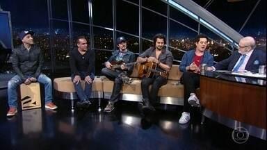 Jô Soares entrevista a banda Jota Quest - Banda está completando 20 anos de carreira